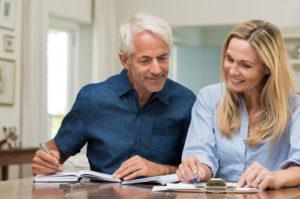 Wenn Sie Ihre Bau- und Leistungsbeschreibung gründlich vor der Baufinanzierung überprüfen, können Mängel beseitigt werden, bevor unnötige Kosten entstehen