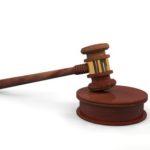 Hölzerner Gerichtshammer