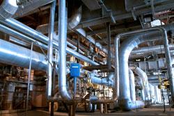 Rohrleitungen in Ölraffinierie