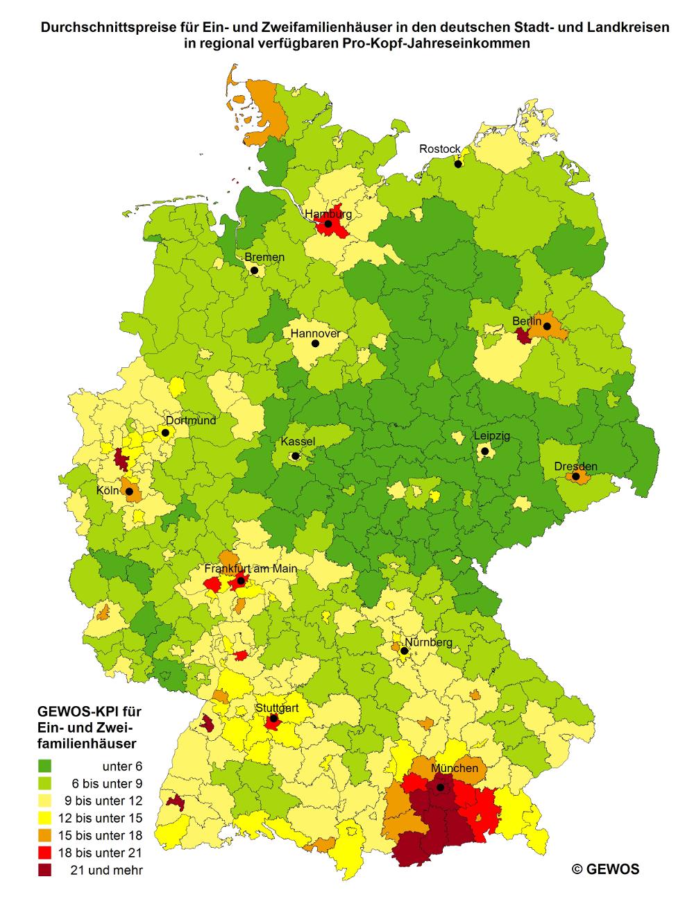 Deutschlandkarte mit farbigen Flächen je nach benötigten Jahreseinkommen um damit ein Haus zu kaufen
