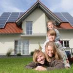 Mit einer Kombination aus KfW-Darlehen und Bausparvertrag können Sie bei der Immobilienfinanzierung richtig Zinsen sparen!